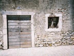 Simbolika u tradicionalnim vratima