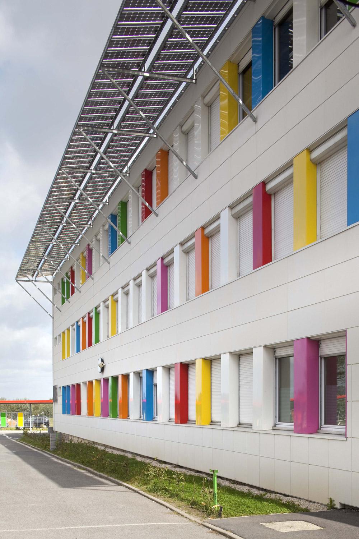 Fasadni paneli štite objekat od vremenskih uticaja doprinoseći poboljšanju energetske efikasnosti objekta