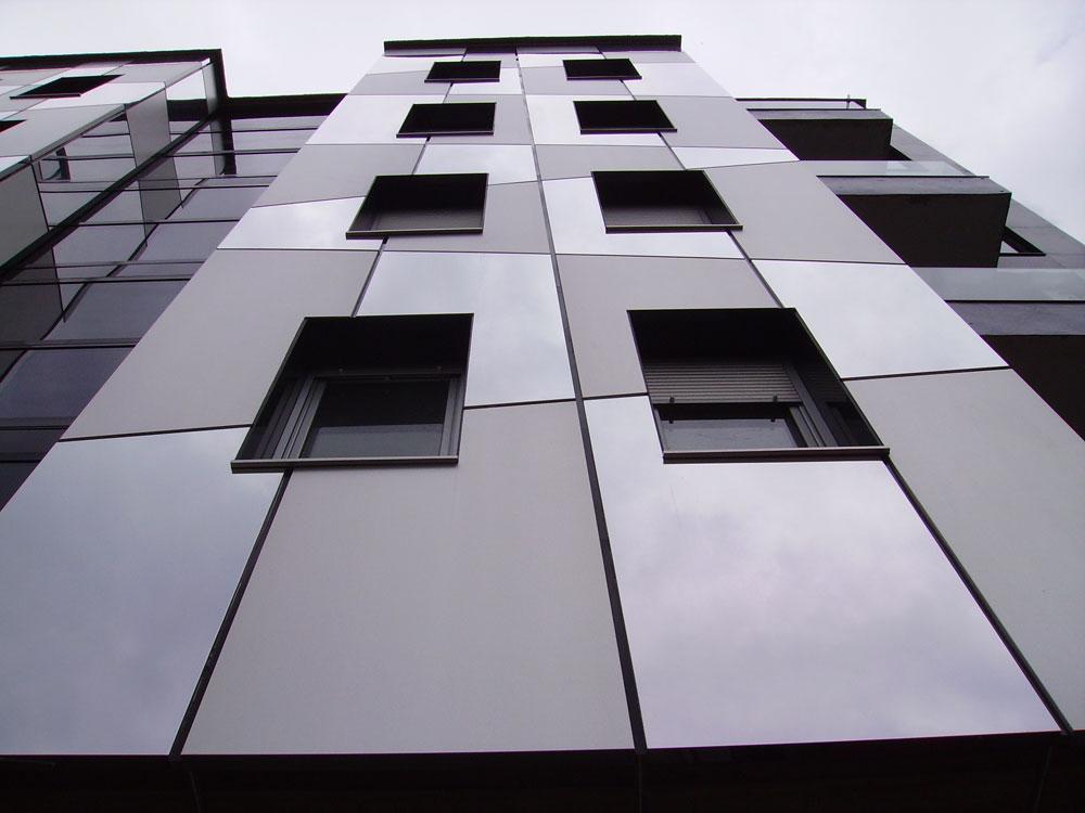 Tehnomarket TMAB je serija aluminijumskih-podkonstrukcija namenjenih aluminijumskim kompozitnim panelima