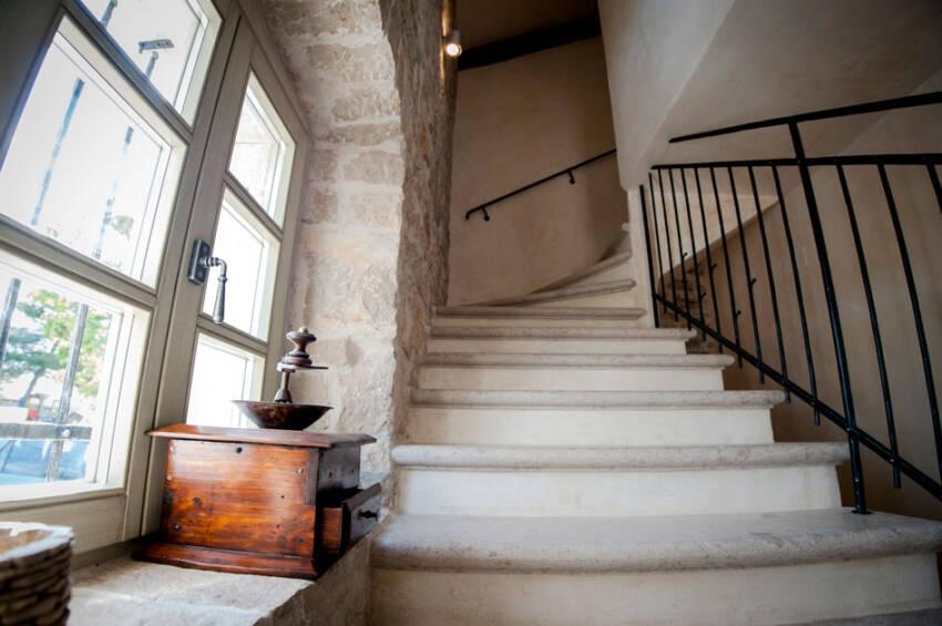 Put ka nebu – simbolika stepenica u mitskom poimanju sveta