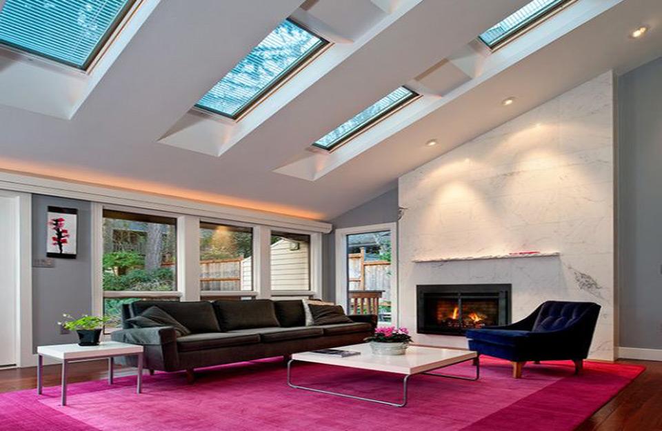 Dnevne sobe sa krovnim prozorima mogu dodati novu dimenziju vašem domu