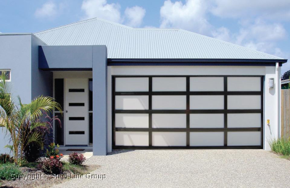 Izgled garažnih vrata u okviru kuċe