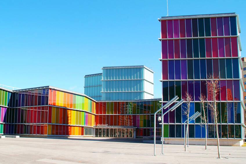 Prozori i vrata u modernoj arhitekturi