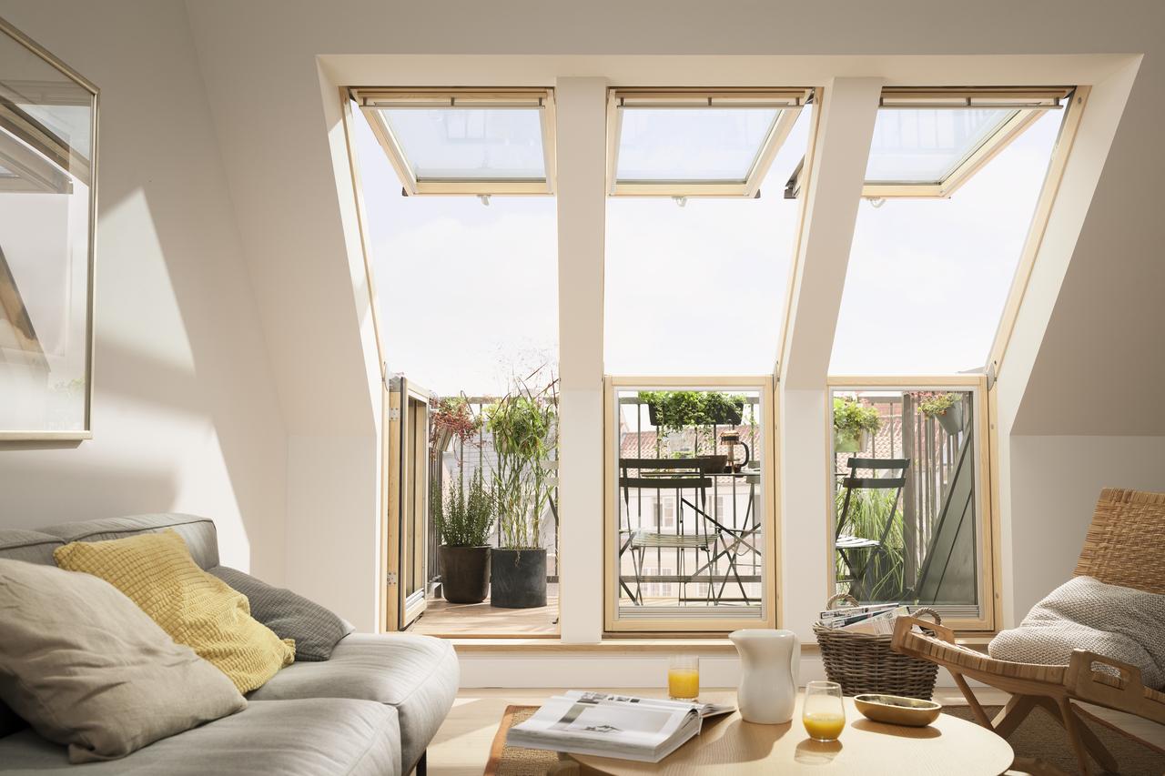 Gornji krovni prozori obezbeđuju prostran pogled