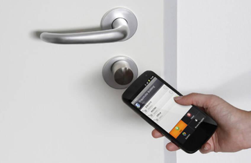 Kontrola sigurnosti mobilnim telefonom