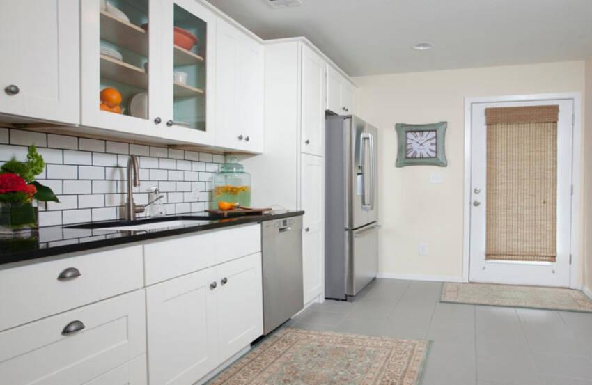 Kuhinjska vrata u kombinaciji sa vratima kuhinjskih elemenata
