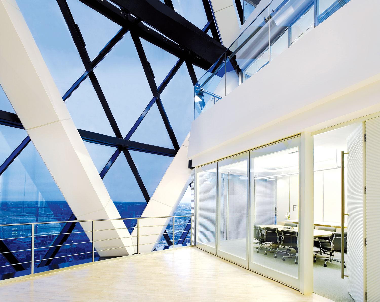 Staklene paneli mogu biti jednoslojni i dvoslojni