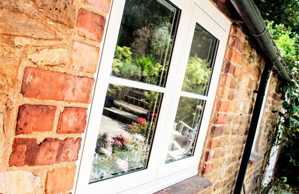 Prozori sa ravnim prozorskim krilima