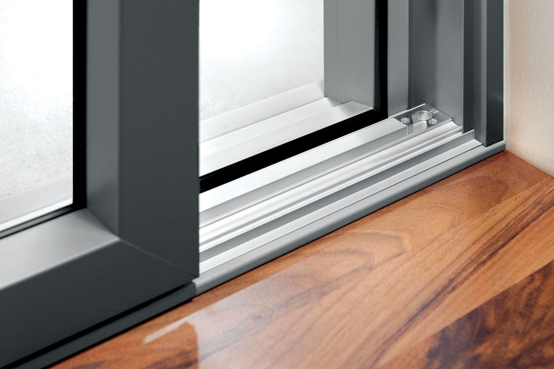 Danas se na tržištu najčešće mogu naći PVC ramovi sa tri ili pet komora