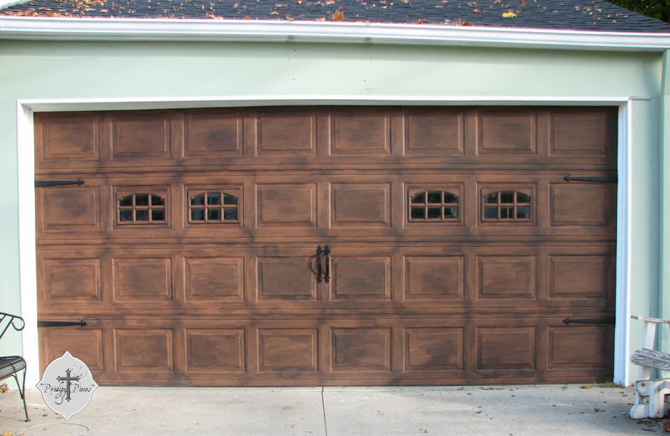 Drvena garažna vrata
