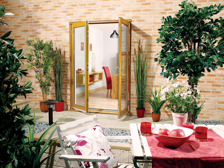 Staklo koje se koristi u francuskim vratima obično je potpuno providno