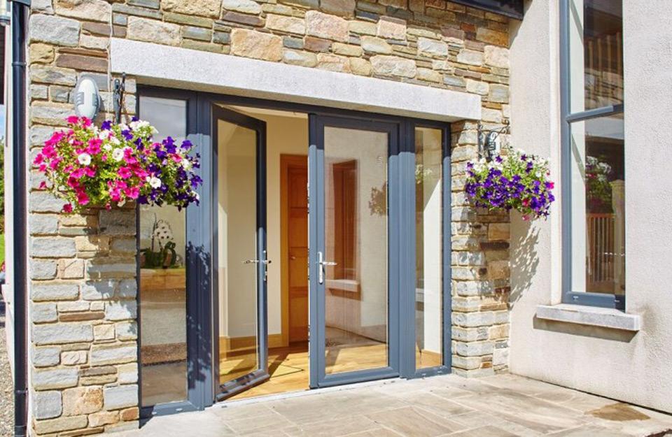 PVC vrata za bolju bezbednost u vašem domu