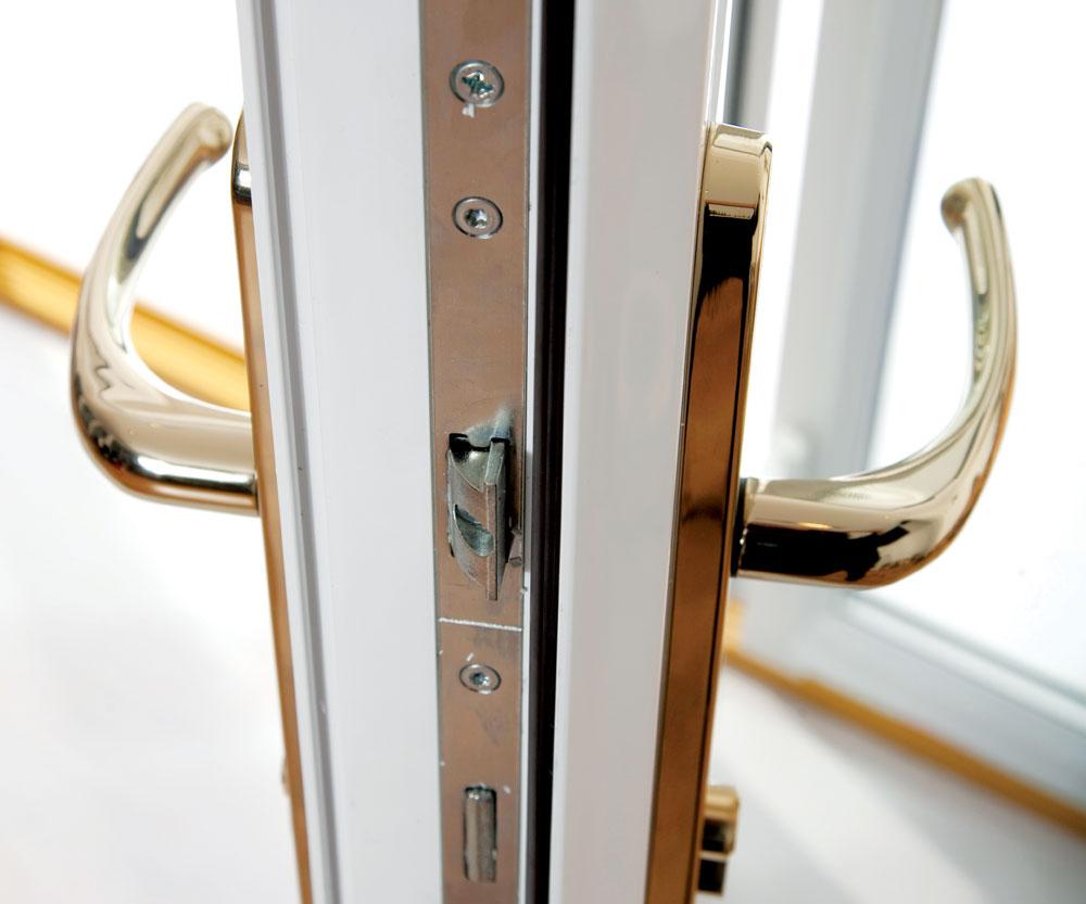 Sigurnosna vrata ne bi smela biti podložna nikakvim deformacijama