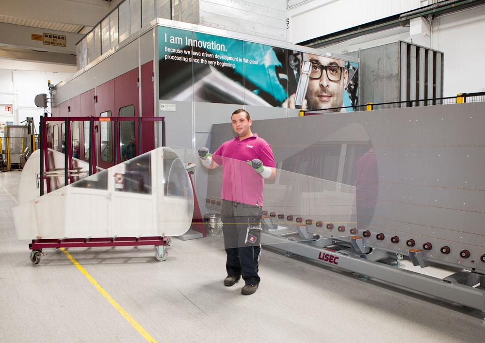 Glass Forum uz pomoć LiSEC proizvođača mašine za automatsko procesiranje glačanog stakla povećava svoju operativnu sposobnost