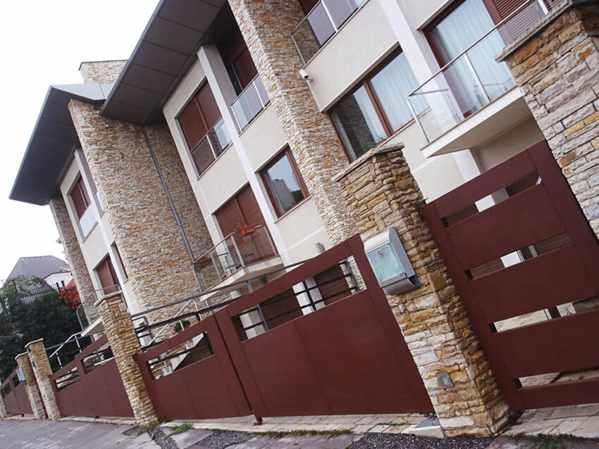 MOBIL MONT - prodaja i ugradnja pokretnih kapija, vrata i rampi