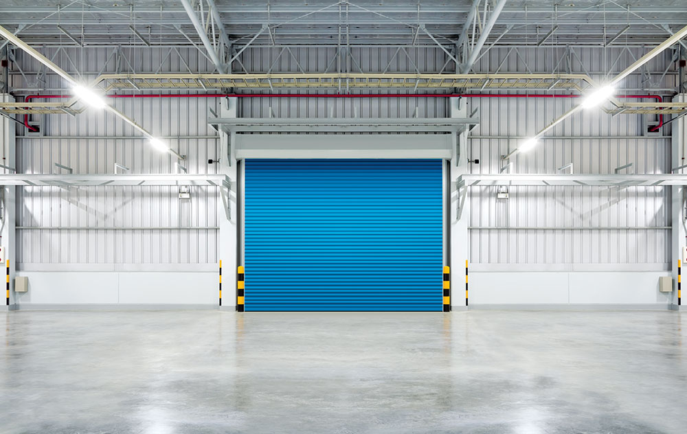 Pored uobičajene funkcije, jedna od primarnih prednosti industrijskih vrata je da smanjuju gubitke toplote i tako smanjuju i račune značajno