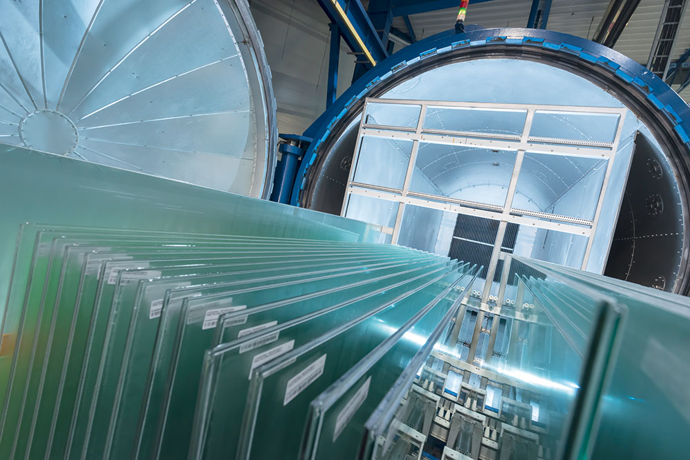 PRESS GLASS se razvijao velikom brzinom zahvaljujući rastu broja naših klijenata