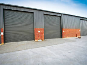 Industrijska vrata - Lak i bezbeden prolaz za sigurno poslovanje