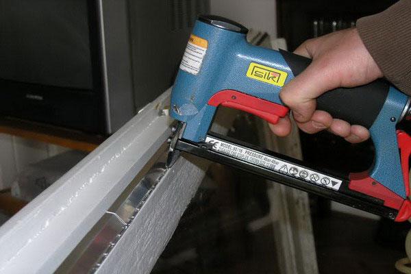 Jedno od rešenja za ovaj problem je izolacija prozora trakom za dihtung