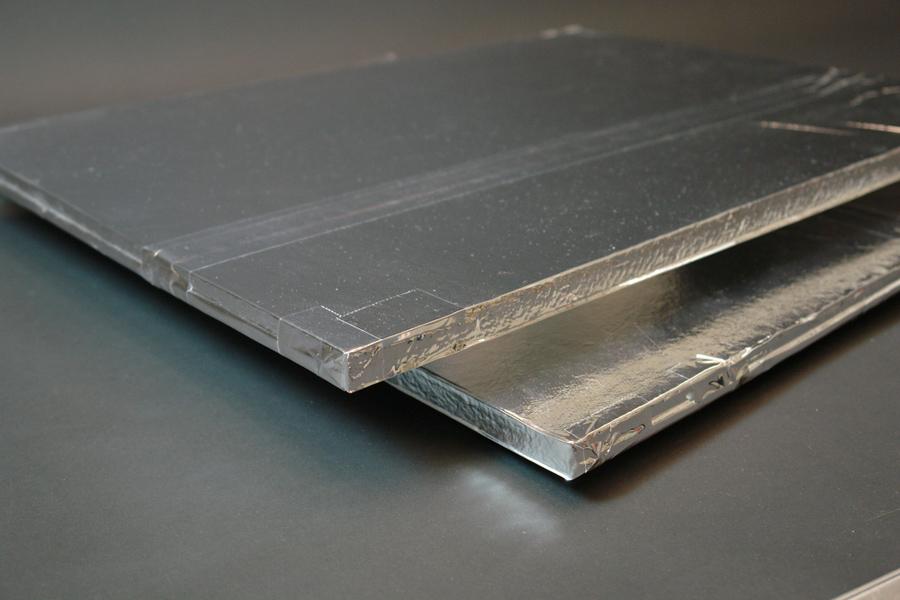 VIP sa zasićenim silicijumskim jezgrom ima prosečnu toplotnu provodljivost od 0,004 W/(m·K)