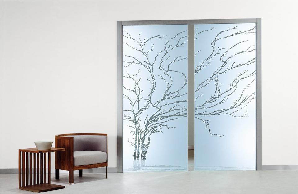 Dekorativna staklena vrata