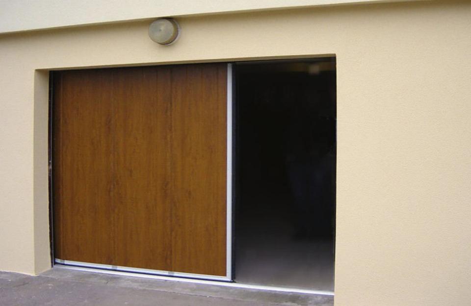 Drvena klizna garažna vrata