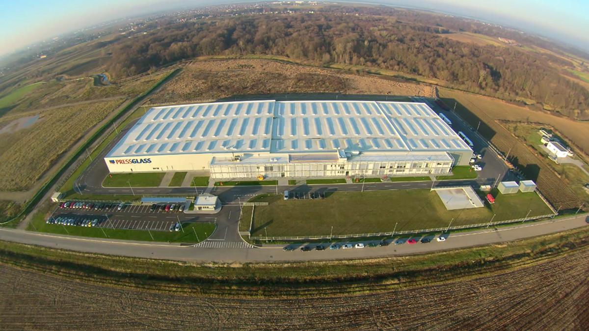 PRESS GLASS predstavlja video koji prikazuje izgradnju fabrike i Hrvatskoj