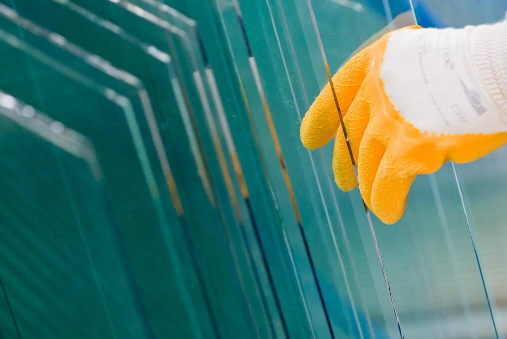 PRESS GLASS - proizvodnja stakla za građevinsku industriju