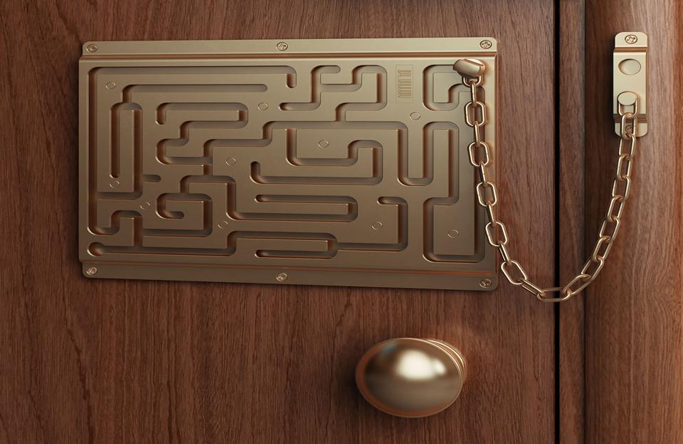 Sigurnosna vrata sa lavirint-bravom