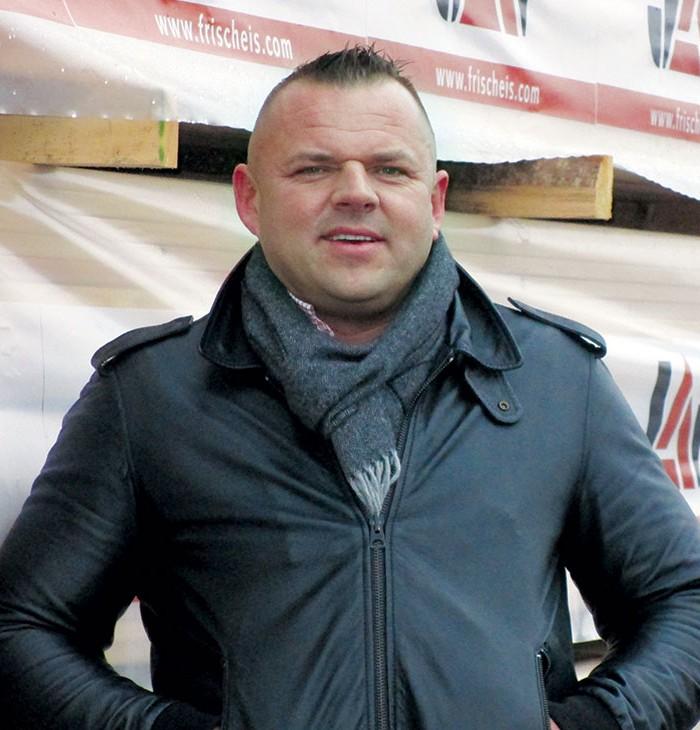 direktor J.u.A. Frischeis - Danijel Sim