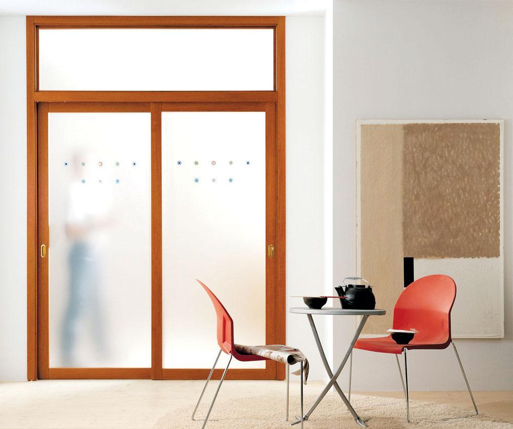Rvena stolarija - sobna vrata sa staklom