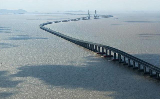 Dayang-Kunshan Grand Bridge — Jiangsu provincija, Kina