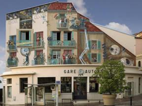 Patrick Commecy stvara hiperrealistične gradske fasade