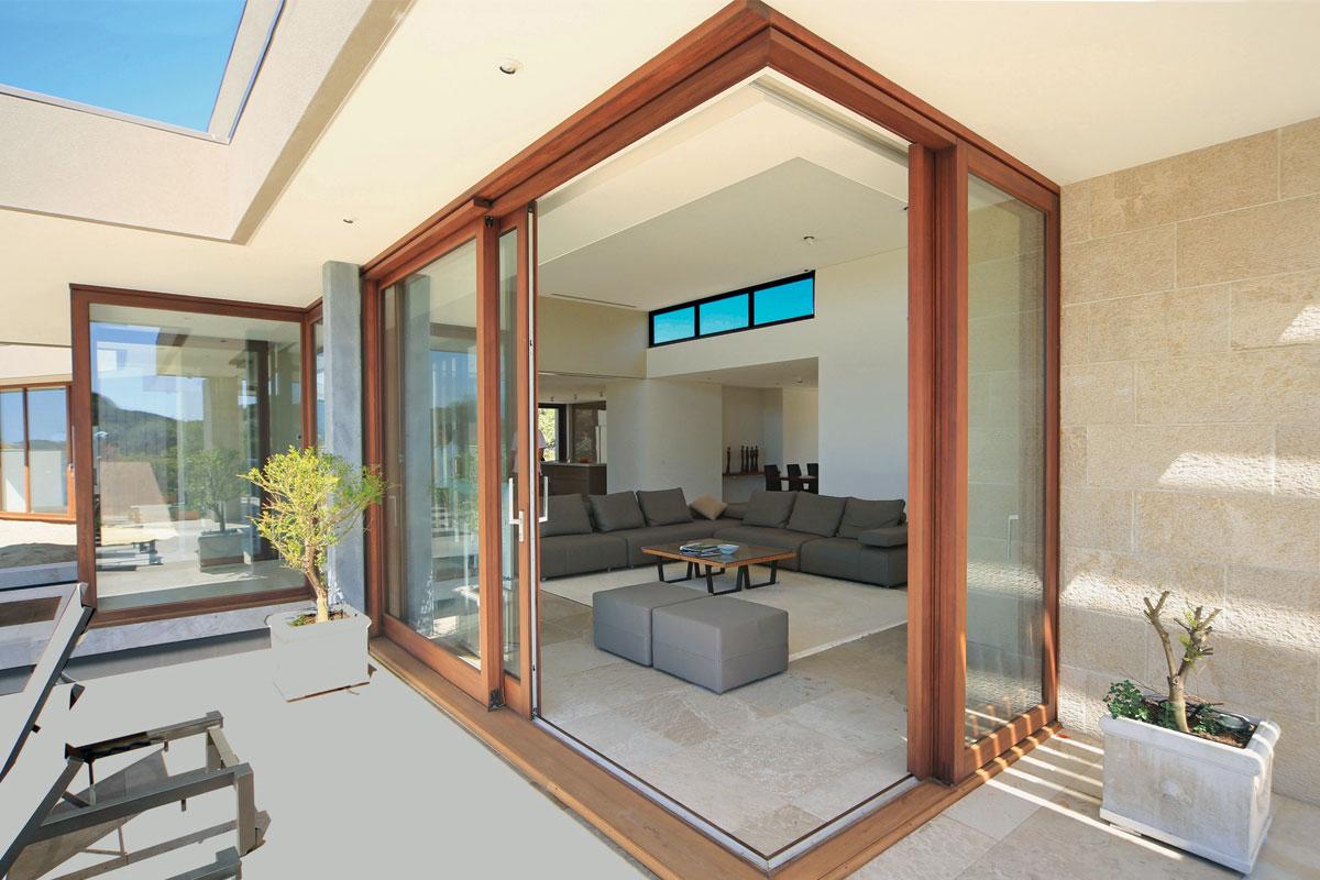 Prozori drvo-aluminijum