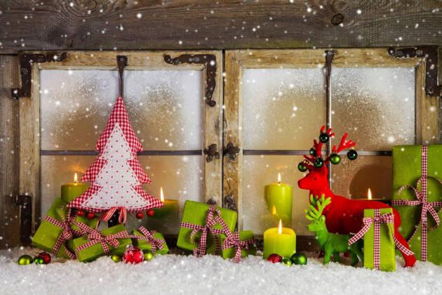 Božićna dekoracija prozora