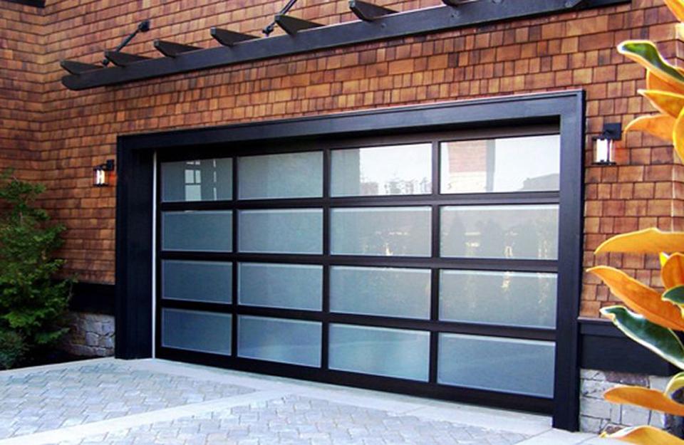 Materijali garažnih vrata koji se lako održavaju