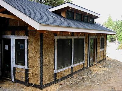 Foto: Kuća od balirane slame ima znantu masu