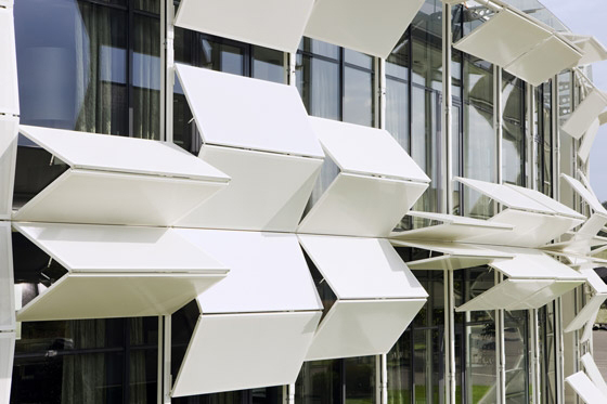 Ova poslovna zgrada ima 112 šalukatri