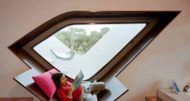 Užitak sedenja kraj prozora