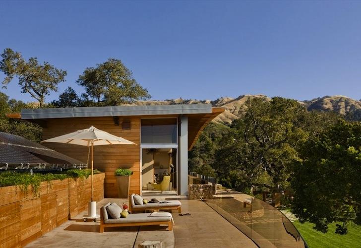 Primorska eko kuća na obali Tihog okeana