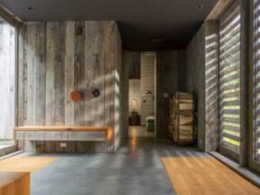 Američki studio Birdseye Design ovaj projekat je nazvao Woodshed