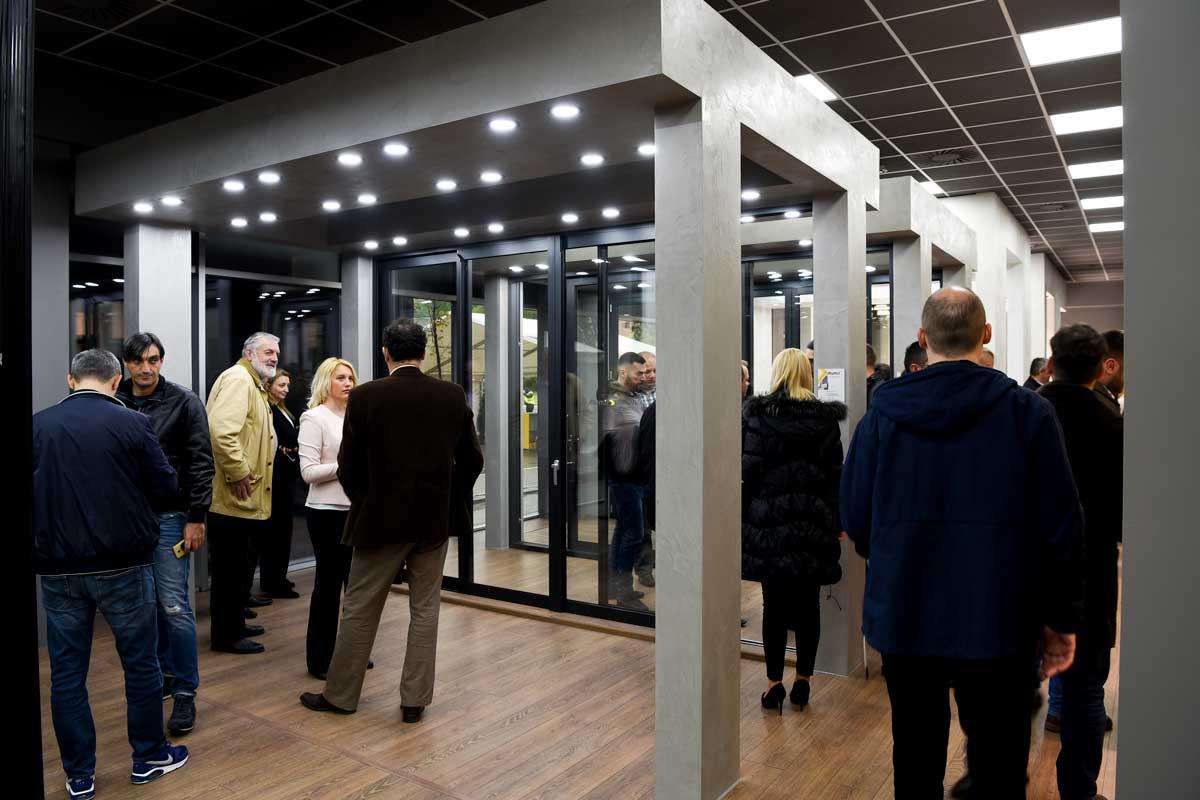 Alumil-ovi izložbeni saloni su najkompletniji izložbeni prostori u Jugoistočnoj Evropi