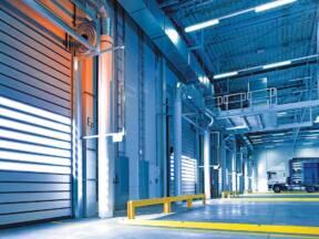 Segmentna industrijska vrata