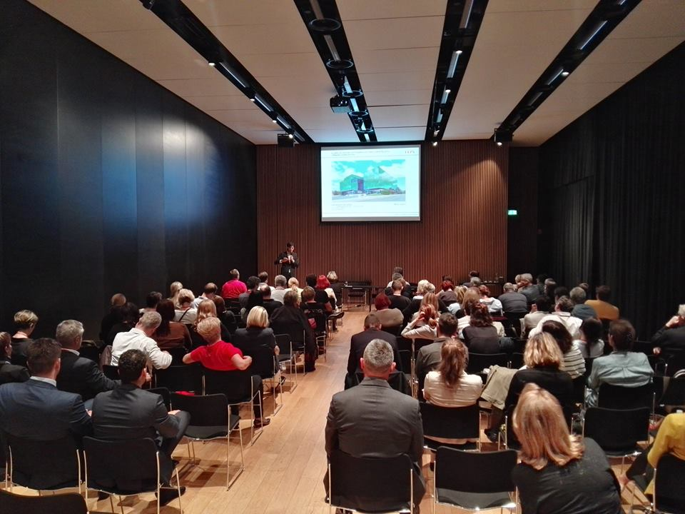 Jurković je naglasila važnost postojanja jedne udruge kao što je HKA koja se zalaže za unaprijeđenje hrvatske graditeljske baštine, kvalitetu izgrađenog prostora i zaštitu javnog interesa.