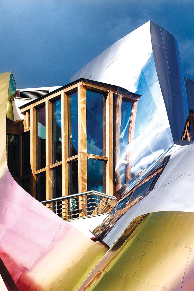 Frank Gehry, Marques de Riscal Hotel, Alava, Spain