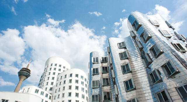 Frank Gehry, Neuer Zollhof, Dusseldorf, Germany
