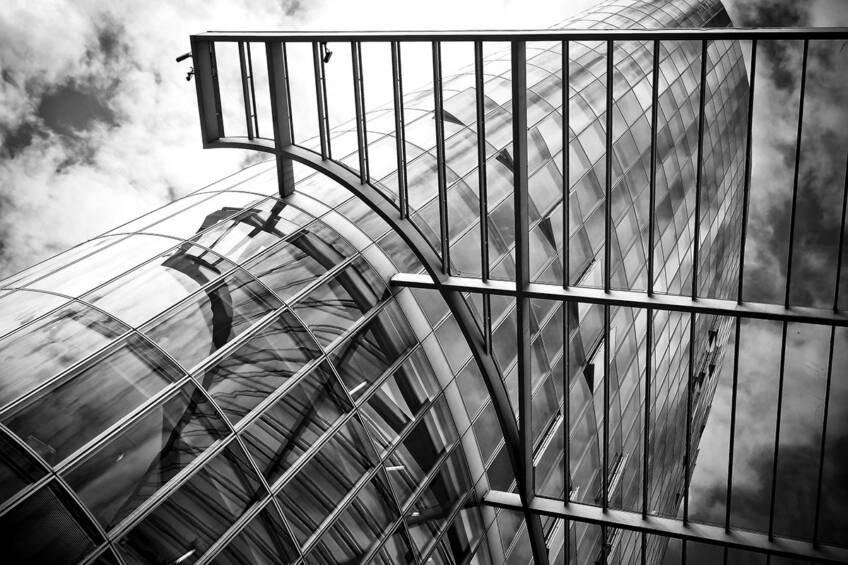 Razvoj arhitekture - napredak materijala aluminijum, staklo, čelik