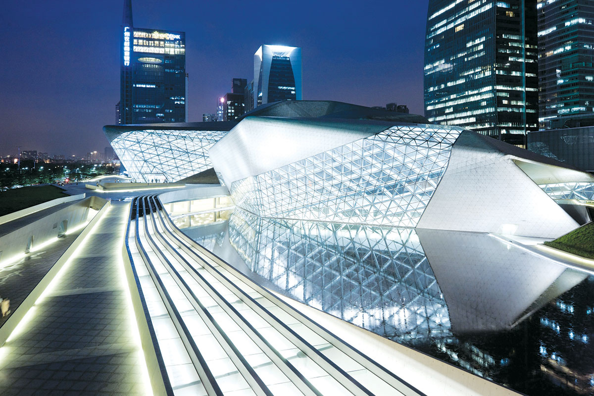 Zaha Hadid - Guangzhou Opera House, China