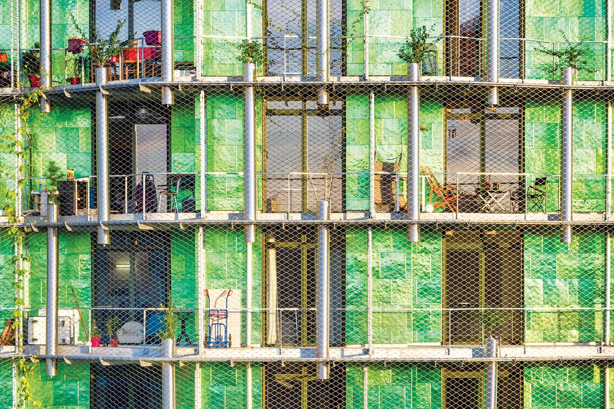 "Zelene fasade - Objekat ""M6B2 Tower of Biodiversity"" , arhitekta Maison Edouard François, Pariz"