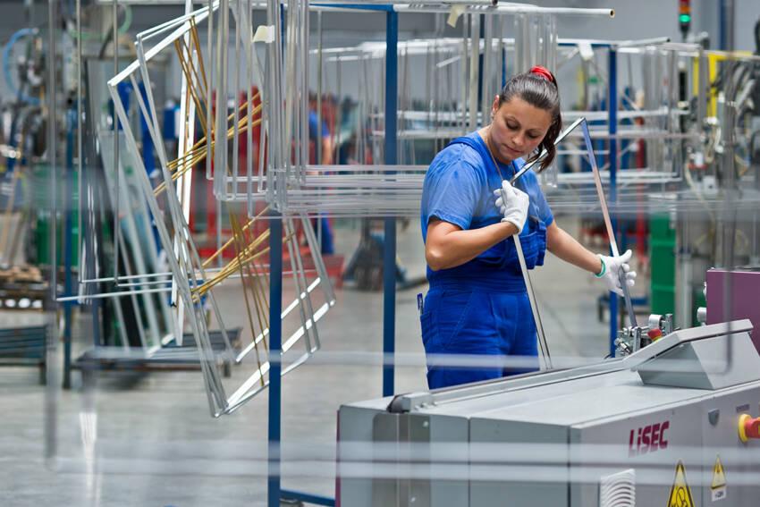 PRESS GLASS - fabrika, proizvodnja stakla